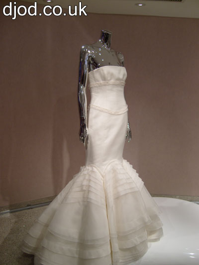 shanghai-house-barbie-wedding-dress