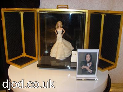 vera-wang-barbie-designer-wedding-dress