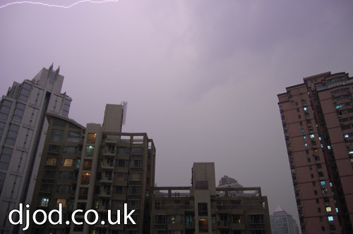 shanghai-lightning-photo