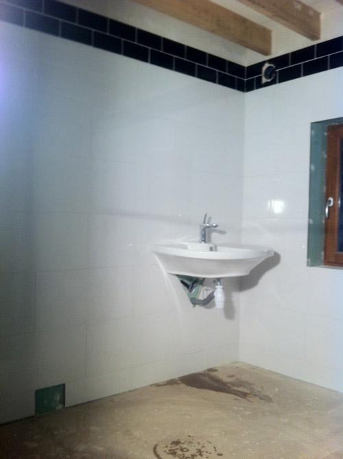 How to tile a bathroom!