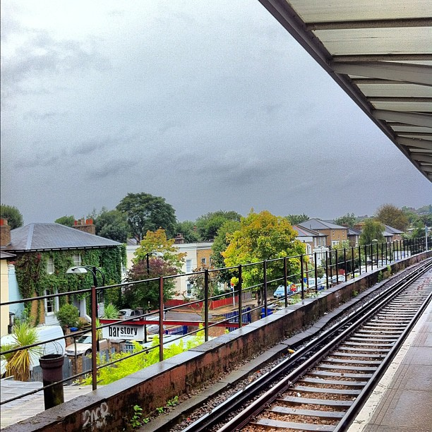Photo – Grey sky in London? This is totally unexpected
